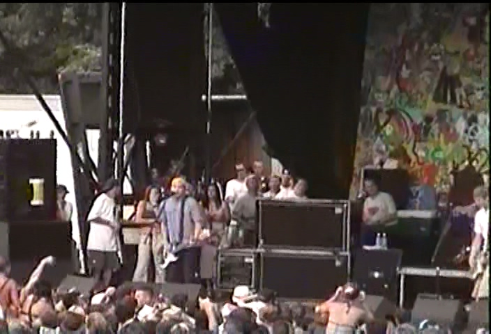 Blink-182 1999-07-31 Pompano Beach Amphitheater, Pompano Beach, FL, USA (Right Cam)
