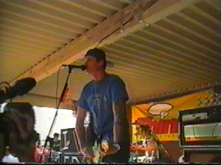 Blink-182 1999-10-21 Famous Stars and Straps, Corona, CA, USA (Transfer 1)