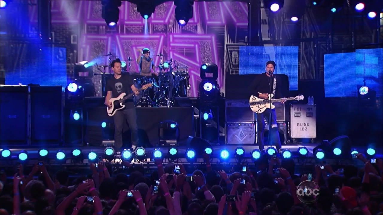 Blink 182 2011-10-03 Jimmy Kimmel Live!, Los Angeles, CA