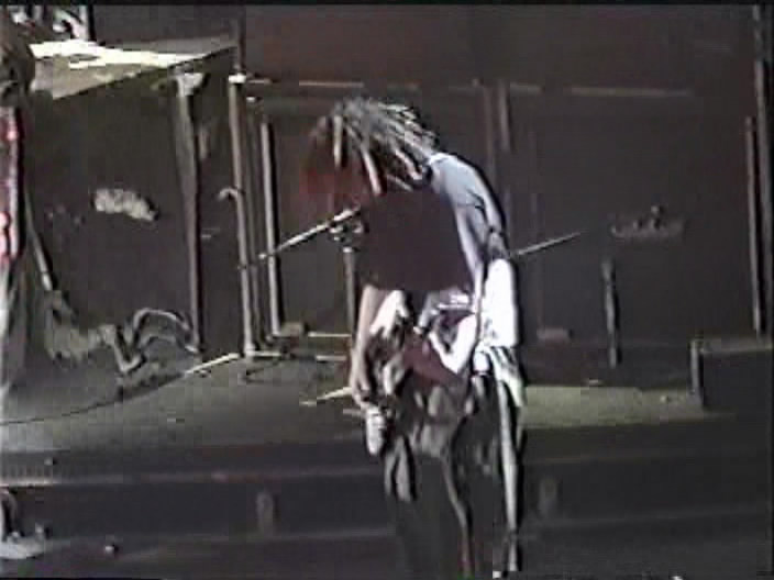 KoRn 1998-09-26 First Union Spectrum, Philadelphia, PA (Far Right Angle)