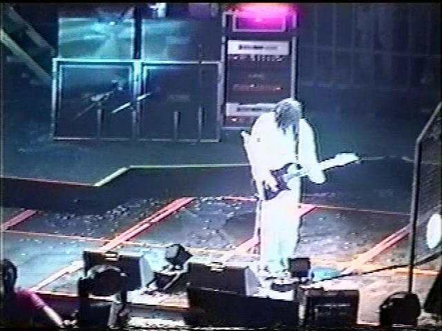 KoRn 1999-04-06 Fargo Dome Fargo, ND (3 Cam Mix)