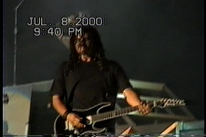 KoRn 2000-07-08 Kentucky Speedway, Sparta, KY, USA (Version 4 Yetti)