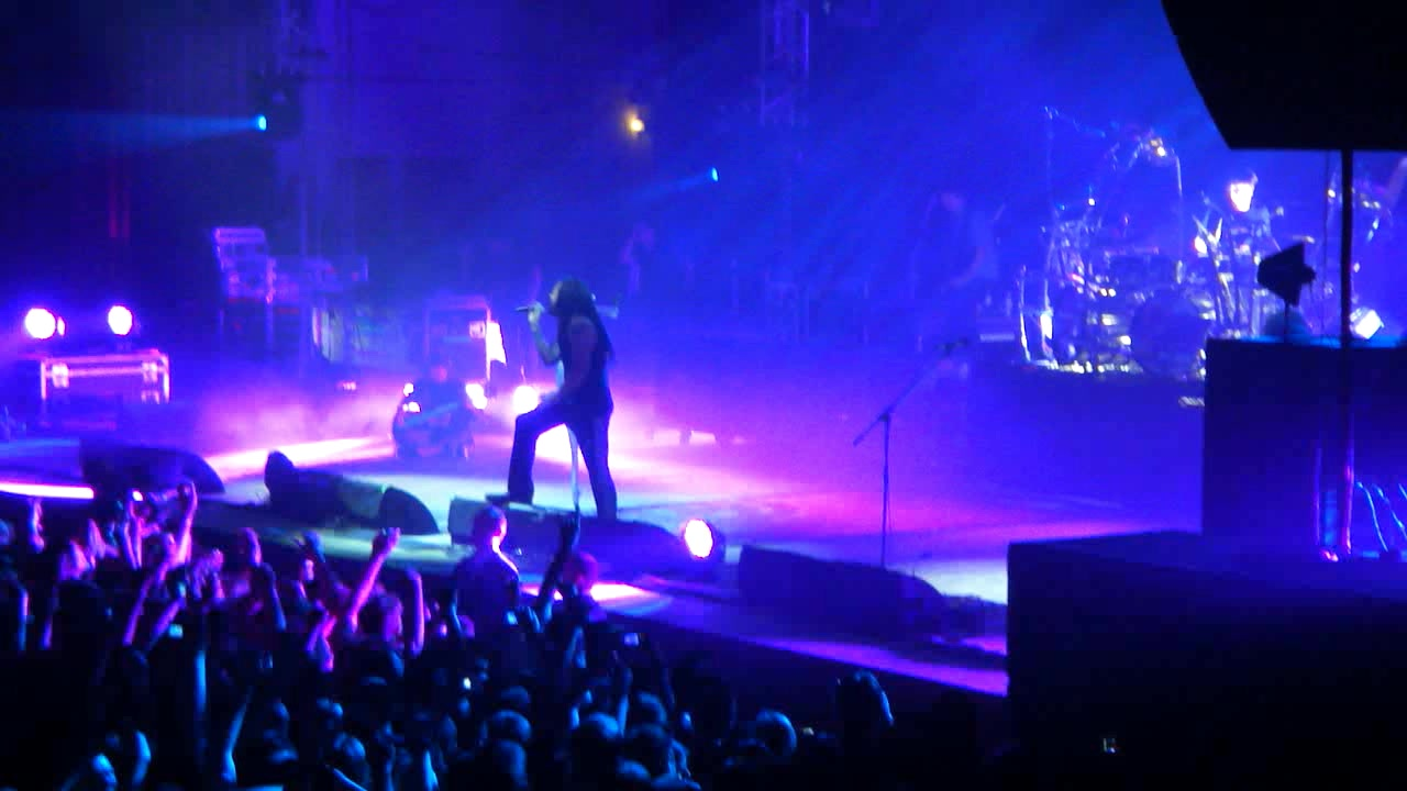 KoRn 2011-05-30 Palace Of Sports, Kiev, Ukraine (Sergunigze)