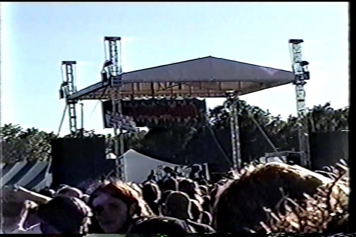 System Of A Down 1999-09-19 Locobazooka, Green Hill Park, Worcester, MA, USA (Color version)