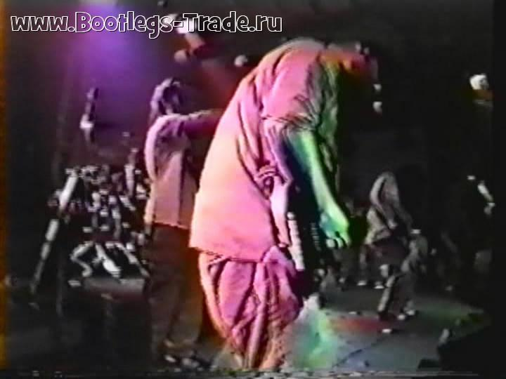 Deftones 1996-01-12 Cactus Club, San Jose, CA, USA (3 Cam Mix)