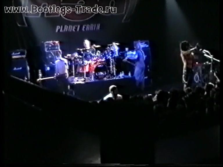 (hed) P.E. 2001-06-17 The Metro Theatre, Sydney, Australia (Left Cam)