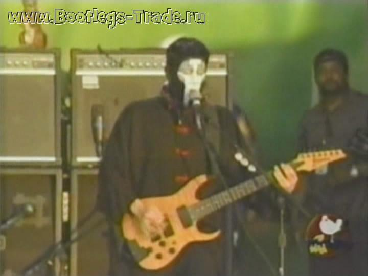 Limp Bizkit 1999-07-24 Woodstock '99, Griffiss Air Force Base, Rome, NY, USA (Source 1 Transfer 1)