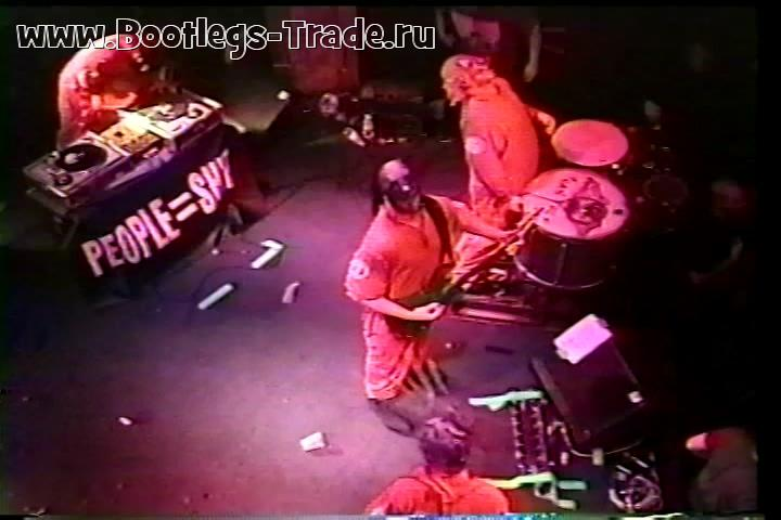 Slipknot 1999-12-01 Quest Club, Minneapolis, MN, USA (2 Cam Mix + SBD)