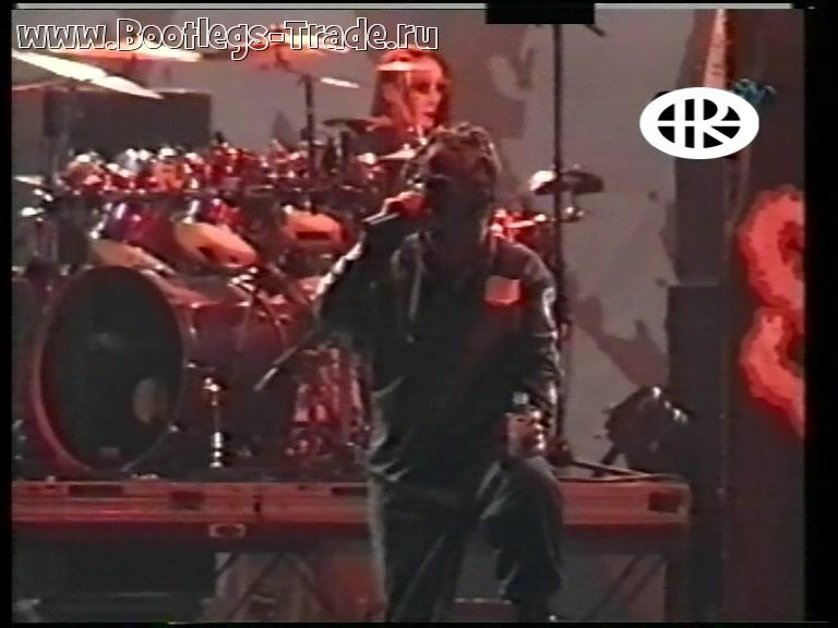 Slipknot 2000-06-10 Rock am Ring, Nurburgring, Nurburg, Germany (Version 1 Ocular Music)