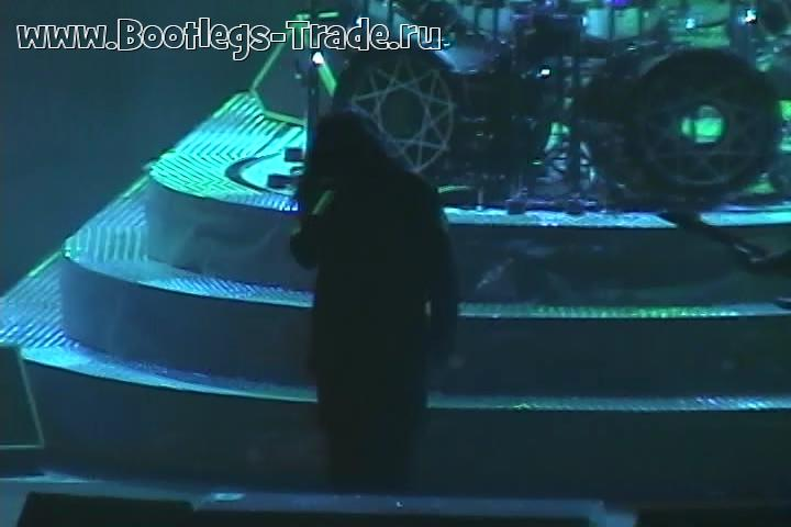 Slipknot 2005-03-05 Wachovia Spectrum, Philadelphia, PA, USA (Center Cam)