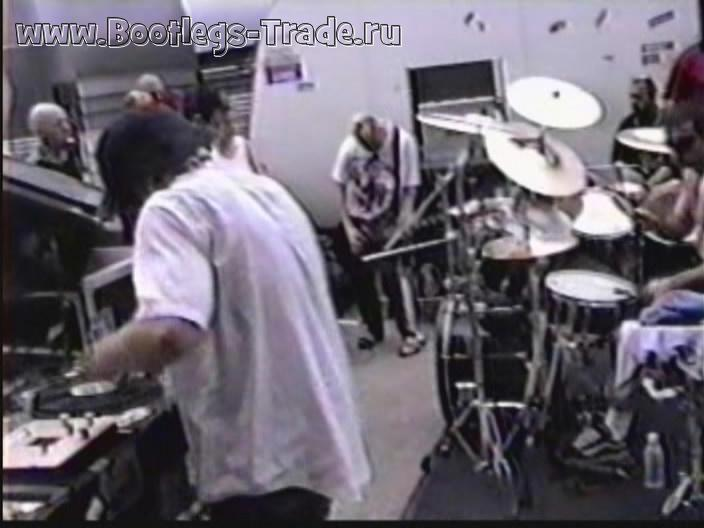 System Of A Down 1999-04-22 Parking Lot Jam, Memphis, TN