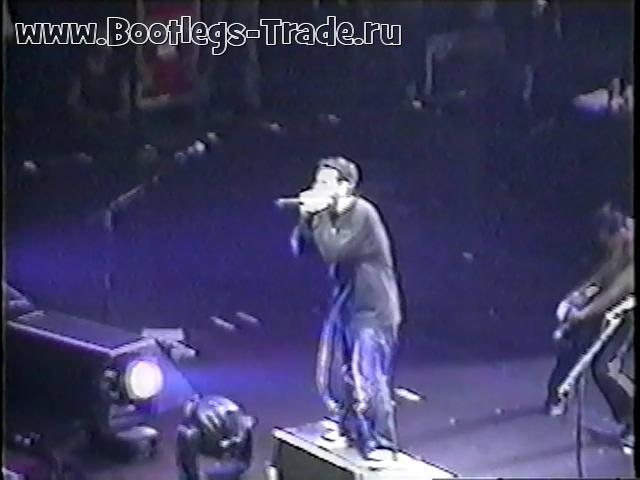 System Of A Down 2001-10-31 Continental Airlines Arena, East Rutherford, NJ, USA (Transfer 2)