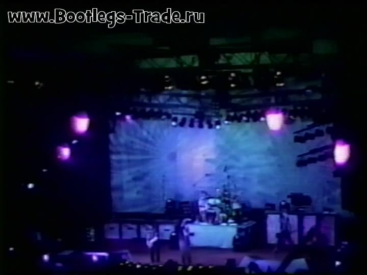 System of a Down 2002-03-01 Universite de Montreal CEPSUM, Montreal, QC, Canada (Right Cam Transfer 1)