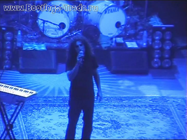 System Of A Down 2005-06-04 Brixton Avademy, London, England (Center Cam)