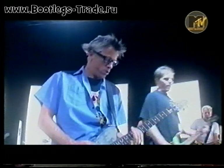 The Offspring 2001 Live On MTV Europe
